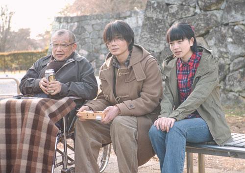 笑福亭鶴瓶さんが死刑囚を演じる映画「閉鎖病棟―それぞれの朝―」の試写会(宮城)に50組100人を招待