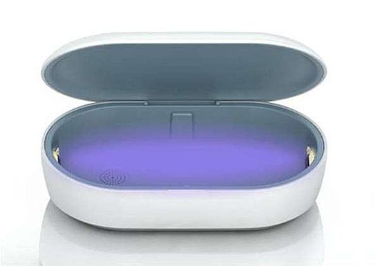 【金曜日は抗菌・除菌】アイキューラボ「ワイヤレス充電UV除菌ボックス IQ-WCUV」を2人に