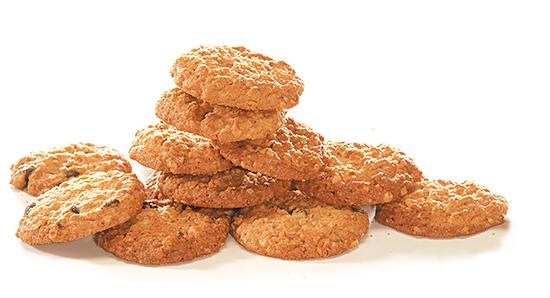 バッケンモーツアルトの「からす麦の焼きたてクッキー3缶入」を8人に