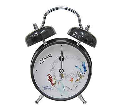 斎藤工さんの音声入りオリジナル目覚まし時計を10人に